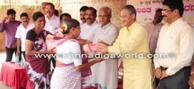 Rice distributed to 700 people by Kadri cricketers club, SEZ on the eve of fest